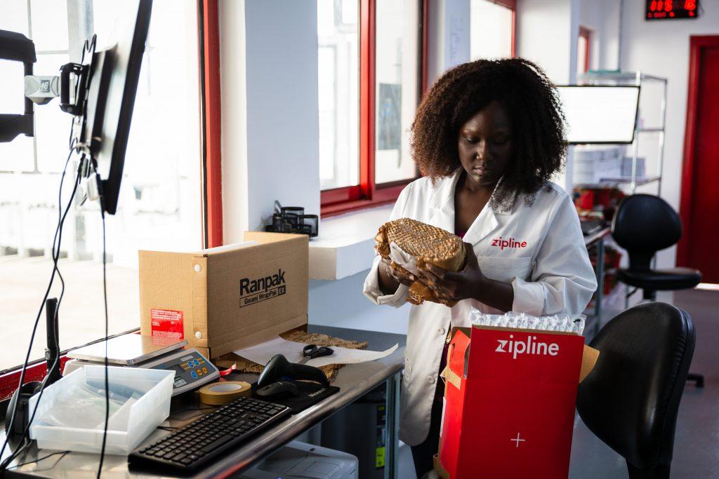 190524_Medizinische Lieferungen mit Drohnen in Ghana (c) UPS