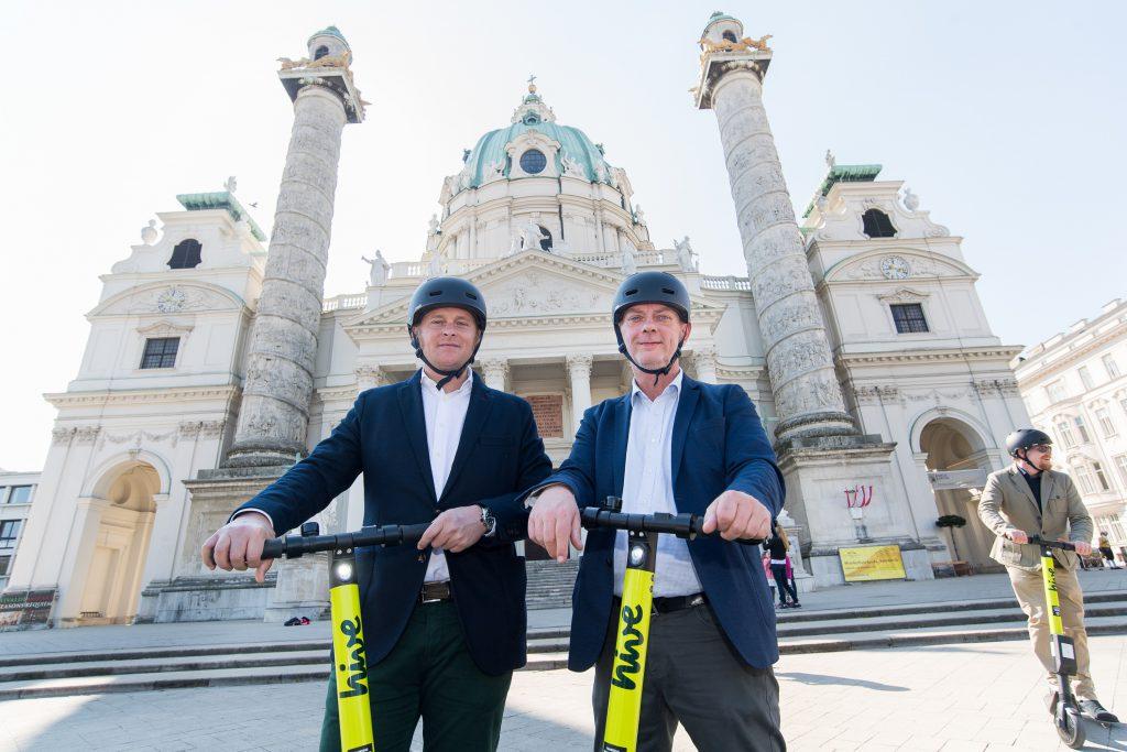 mytaxi-Tochter hive startet in Wien mit 1.000 E-Scootern durch